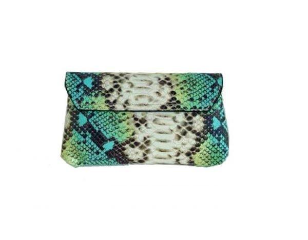 Leren-Schoudertas-Classic-snake-turquoise mint leer-slangenprint-lederen-tasjes-lang-zilveren-ketting-hengsel-bags-450x600