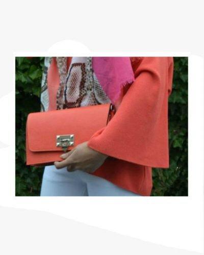 Schouder-Clutch-Tas-Berry-koraal-oranje-schoudertassen-clutches-zilver-slot-kopen-giuliano-leder-400x326