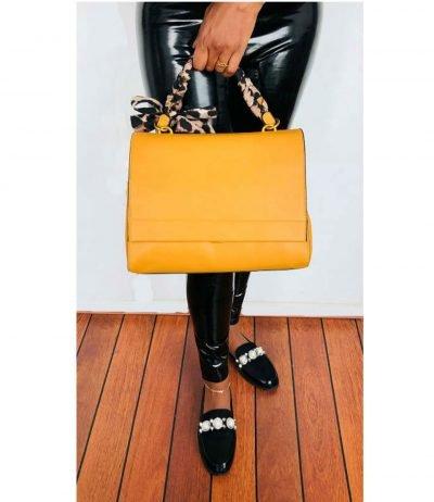 Handtas-Classy-Leopard-geel-gele-dames-tassen-giuliano-panter-hengsel-goud-beslag-tassen-kopen-bestellen