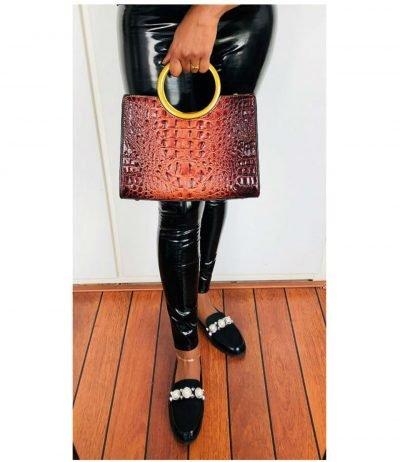 Handtas-Pretty-Croco-bruin bruine-klassieke-handtassen-rond-handvat-krokoprint-kunstleder-giuliano-tassen-kopen-bestellen