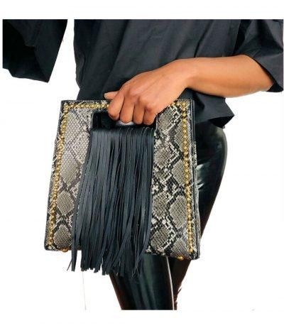 Handtas Snake Fringe zwart wit vierkante slangenprint tassen met fringe franjes gouden studs giuliano tassen online kopen bestellen luxe