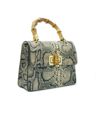Leren-Handtas-Lovely-Wood-Snake-beige-creme-dames-tassen-leder-houten-handvat-kopen-bestellen-luxe-768x910