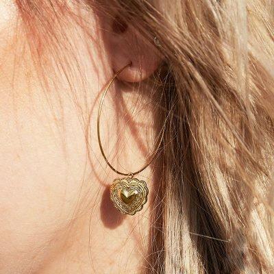 Oorbellen True Love goud gouden oorhangers hart bedel rvs sieraden kopen dam