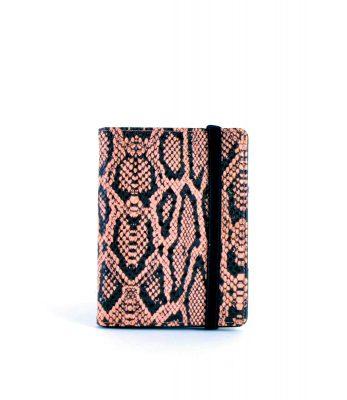 Paspoorthouder Slangenprint roze pink snake print paspoort mapje houder reisdocumenten houder kopen