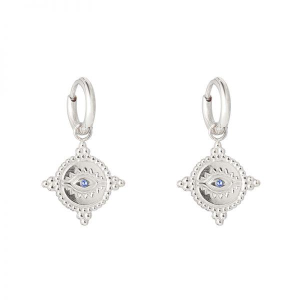 Oorbellen The Look zilver zilveren oorbellen met oog met blauwe steen bedel dames fashion sieraden kopen bestellen detail