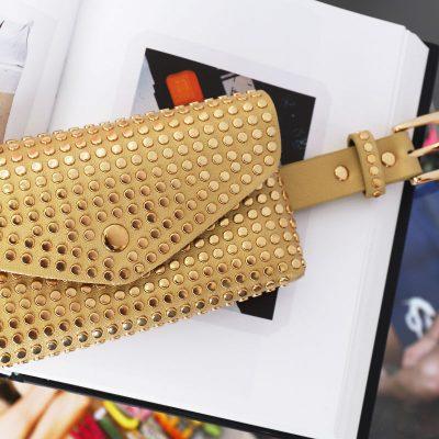 Gouden-BeltBag-Many-Studs-goud gouden-riemtassen-fannypacks-met-gouden-studs-verstelbare-riem-festival-tassen-kopen bestellen