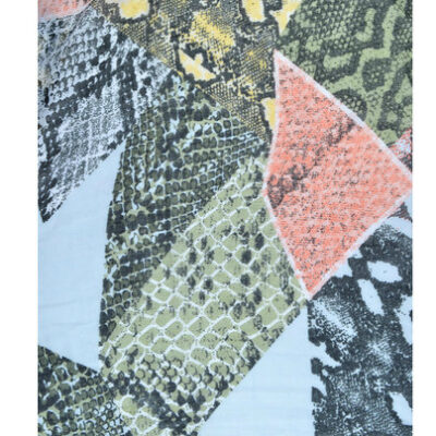 Sjaal Snakey beige zalm groen slangenprint snakeprint shawls dames grote trendy fashion sjaals kopen detail