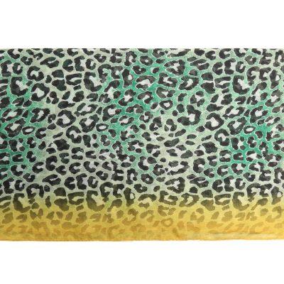 Sjaal Happy Leoparty groen groene geel gele lange gekleurde damessjaals met tijgerprint dierenprint leopard print kopen yehwang detail