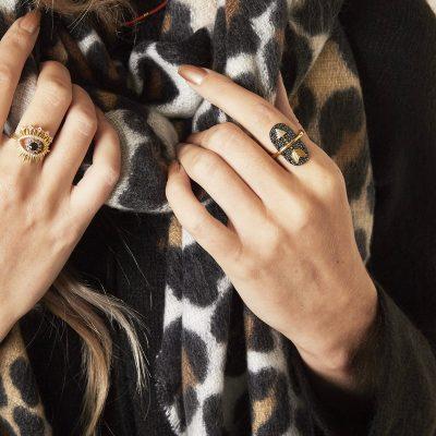 Statement Ring Golden Arrow goud gouden zwart zwarte rvs dames ringen verstelbaar one size sieraden rings kopen trends trendy