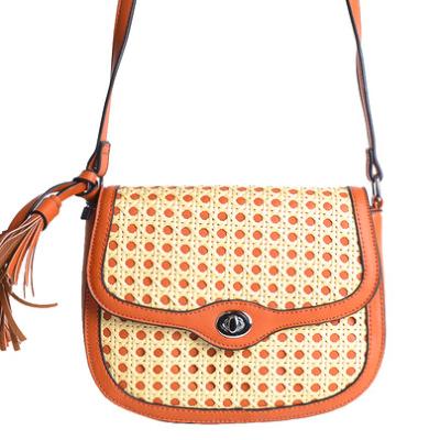 Tas Classy Braided bruin bruine schoudertassen rieten gevlochten detail kwastjes fashion bags trendy tassen tas kopen bestellen achter
