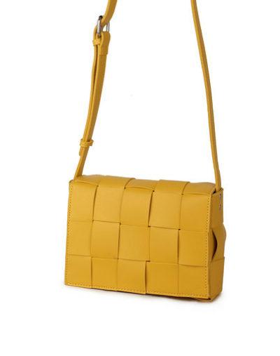 Schoudertas Big Braided geel gele trendy schoudertassen gevlochten motief stoere hippe tassen kopen bestellen