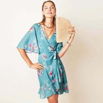 Jurk Silk Blossems blauw blauwe trends dames jurken met roze bloemen print jurkjes dresses kopen bestellen