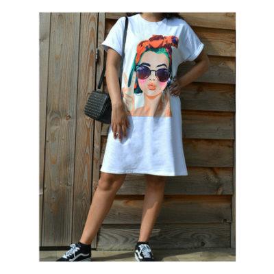 T Shirt Dress Peace wit witte lang shirt truitje met trendy fashion print dame bril en peace teken kleding online modemusthaves kopen