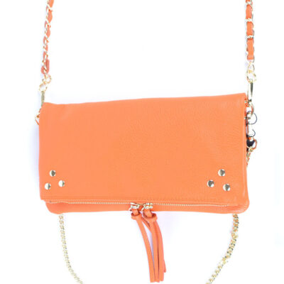 Leren Schoudertas Pretty oranje orange trendy leren fashiontas crossbody tassen zilveren kettinghengsel look a like kopen
