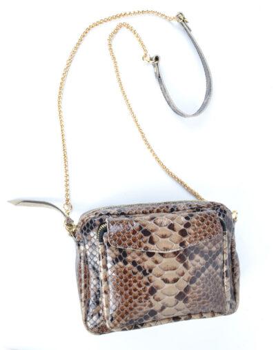 Leren Tas Snake Chain bruin taupe trendy leren slangenprint tassen met gouden kettinghengsel leder look a like tassen kopen bestellen