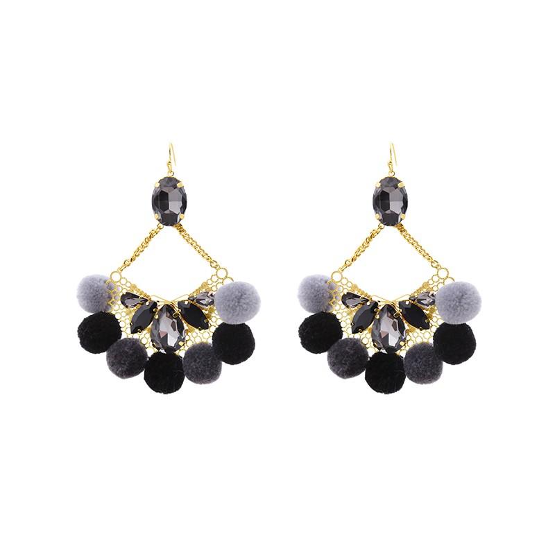 Oorbellen Pompon Glam zwart zwarte statement oorbellen met stenen wollen bolletjes yehwang sieraden kopen bestellen
