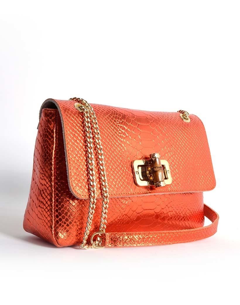 Leren Schoudertas Classy Metallic oranje orange leren schoudertassen bamboe handvat look a like fashion bags kopen bestellen side