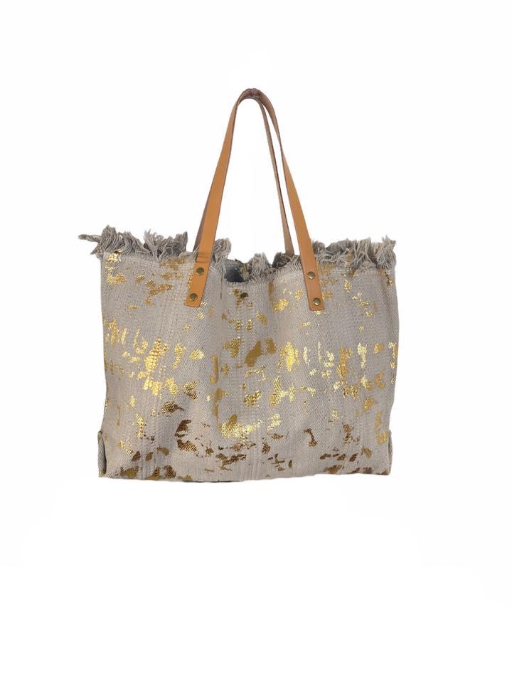 Strandtas Gold Leopard ecru taupe canvas shoppers handtassen met gouden leopard vlekken trendy musthave strandtassen online kopen bestellen