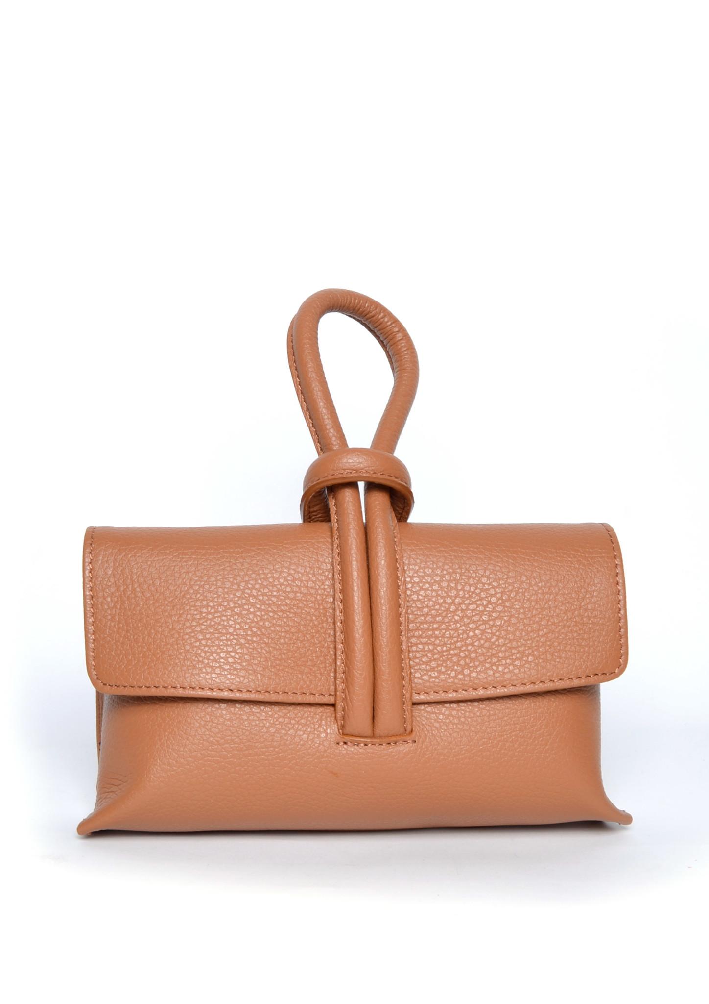 Leren Schoudertas Sandy camel cognac schoudertassen look a like tassen trendy musthave fashion tas giuliano kopen bestellen
