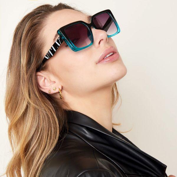 Zonnebril VLTA mint zwart zwarte vierkante dames zonnebrillen vlta tekst zijkanten trendy festival brillen musthaves kopen bestellen yehwang details