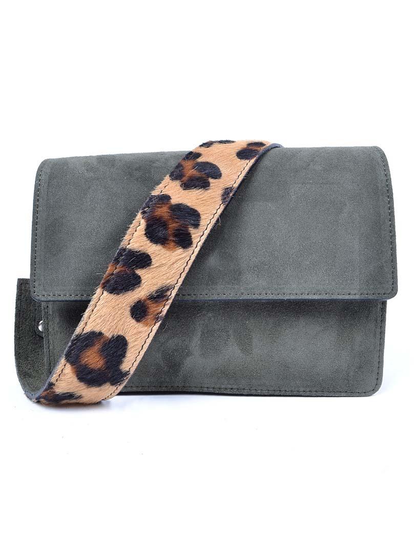 Suede Schoudertas-Basic-zwart-zwarte-leren damestassen-flap-brede-zebra dierenhuid schouderband-kopen-bestellen-giuliano